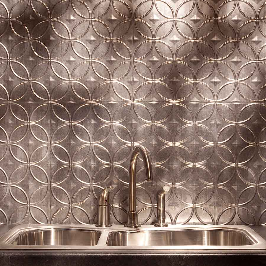 Fasade Backsplash